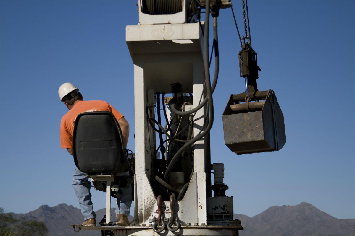 work injury lawyer crane fatalities