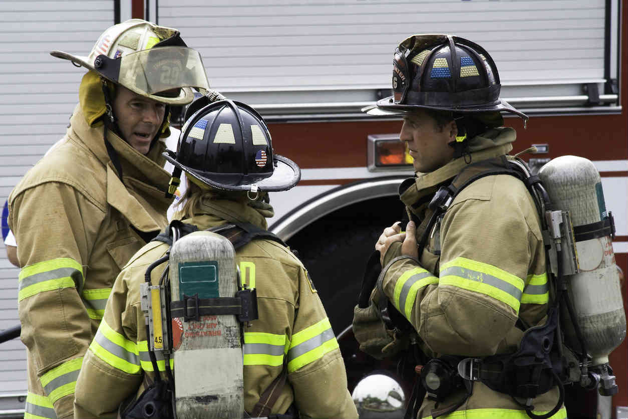 missouri firefighters discussing strategy