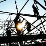St. Louis workers on scaffolding