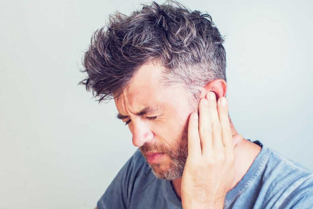 st. louis worker with a ruptured eardrum